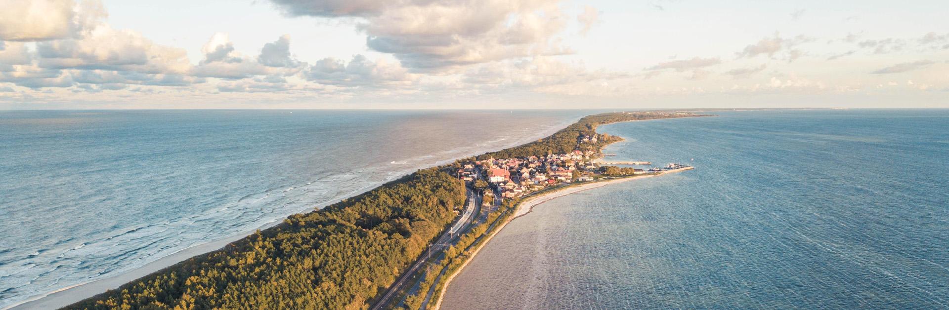 Przeczytaj więcej o artykule Pierwszy raz na Półwyspie Helskim? Krótka historia najpiękniejszej mierzei na świecie.